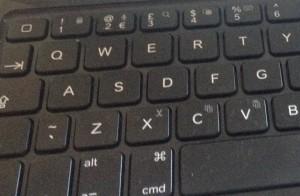 Logitech Ultrathin keyboard cover i5 – press alt-3 for #